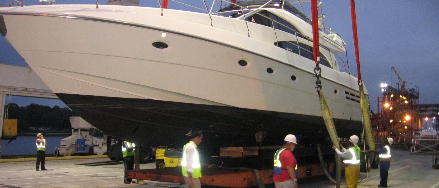 Azimut 58 shipped to Auckland